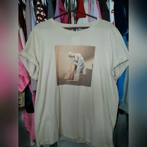 Ariana grande shirt NWT